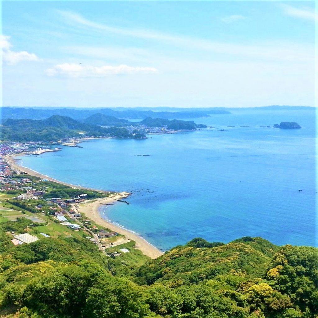 鋸山から見た館山の海