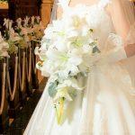 結婚式のブーケ,ユリの花
