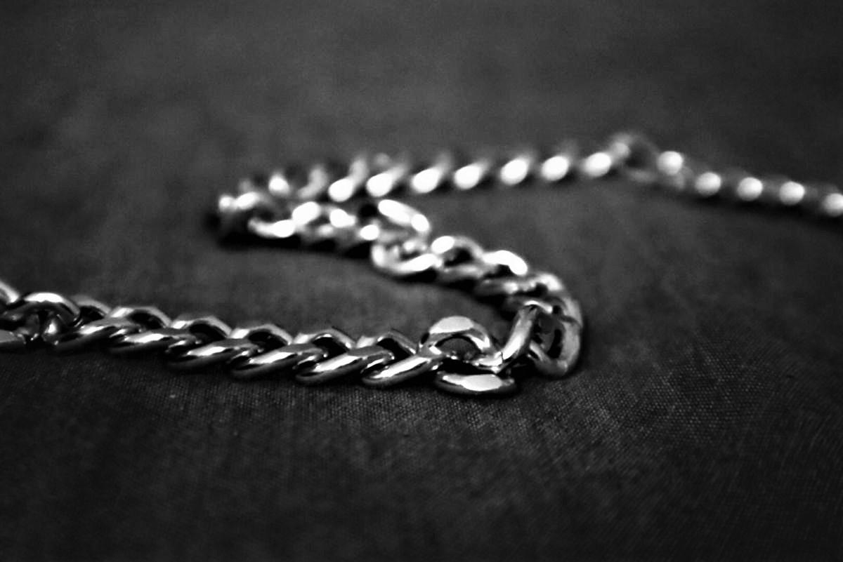 鎖(チェーン)