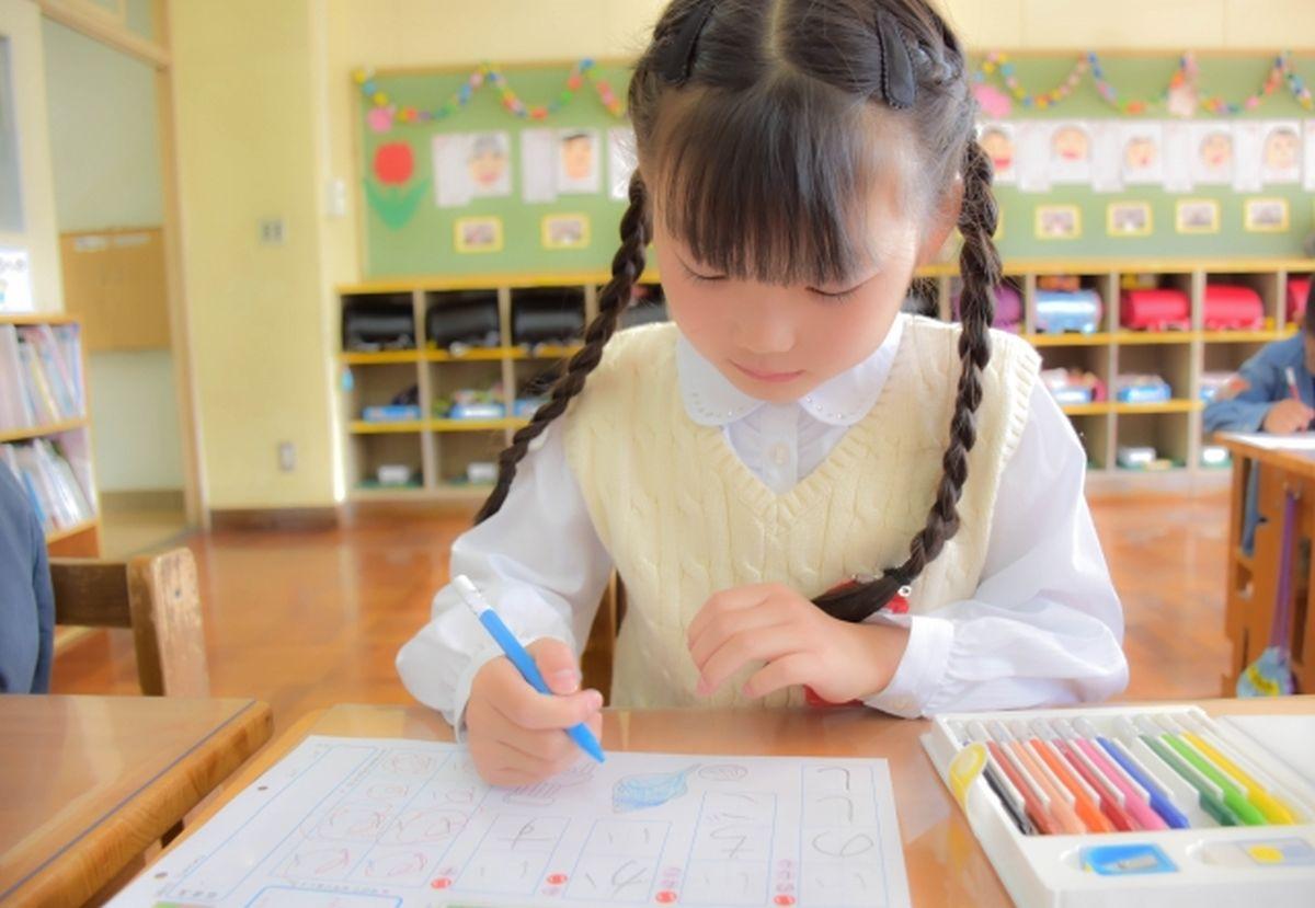 勉強中の生徒