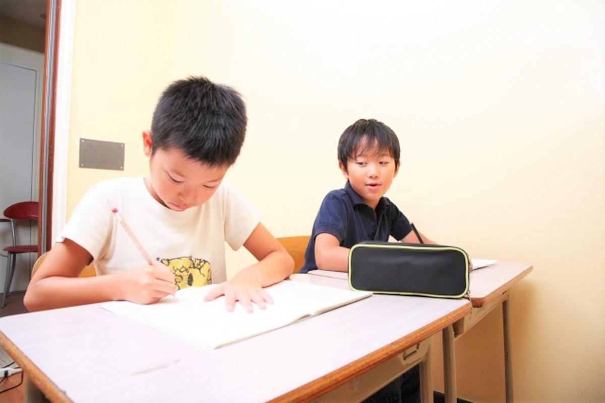 授業中の塾生の様子