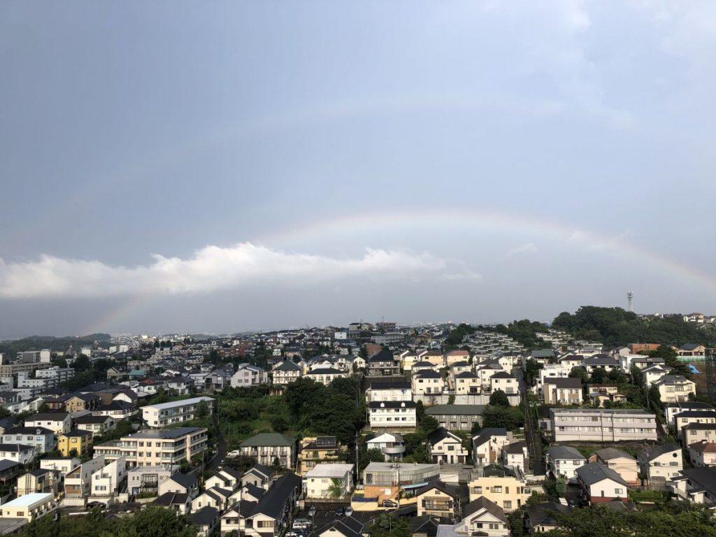 ダブルレインボー(主虹と副虹)