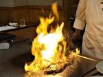 鉄板焼きの炎